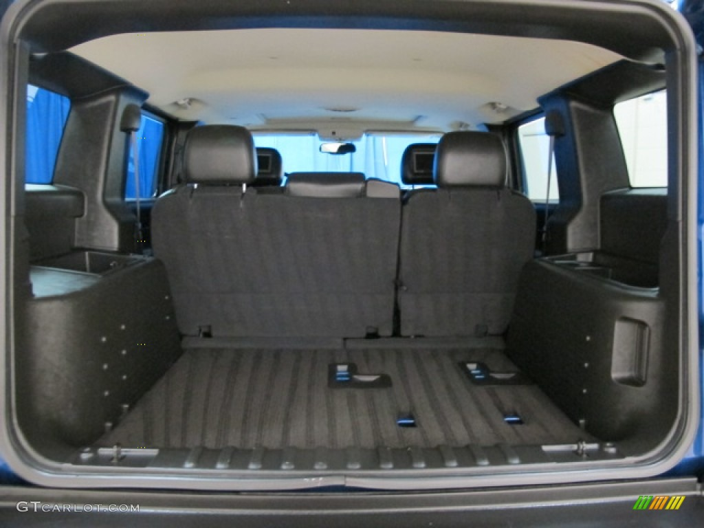 2006 Hummer H2 SUV Trunk Photos