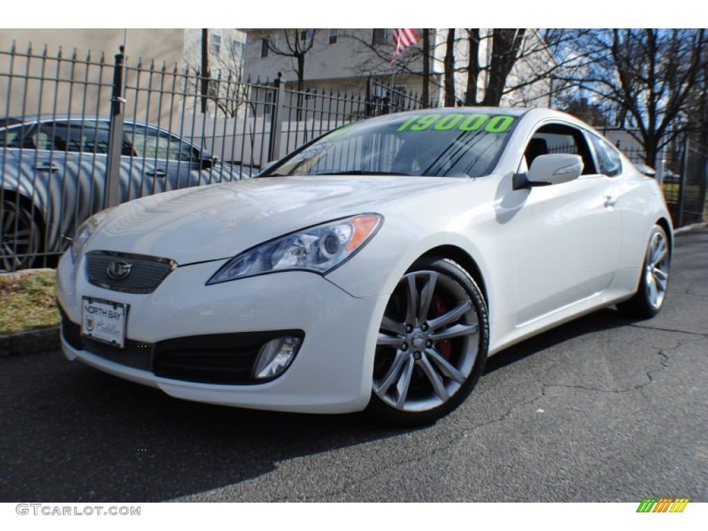 2010 Karussell White Hyundai Genesis Coupe 3 8 Coupe