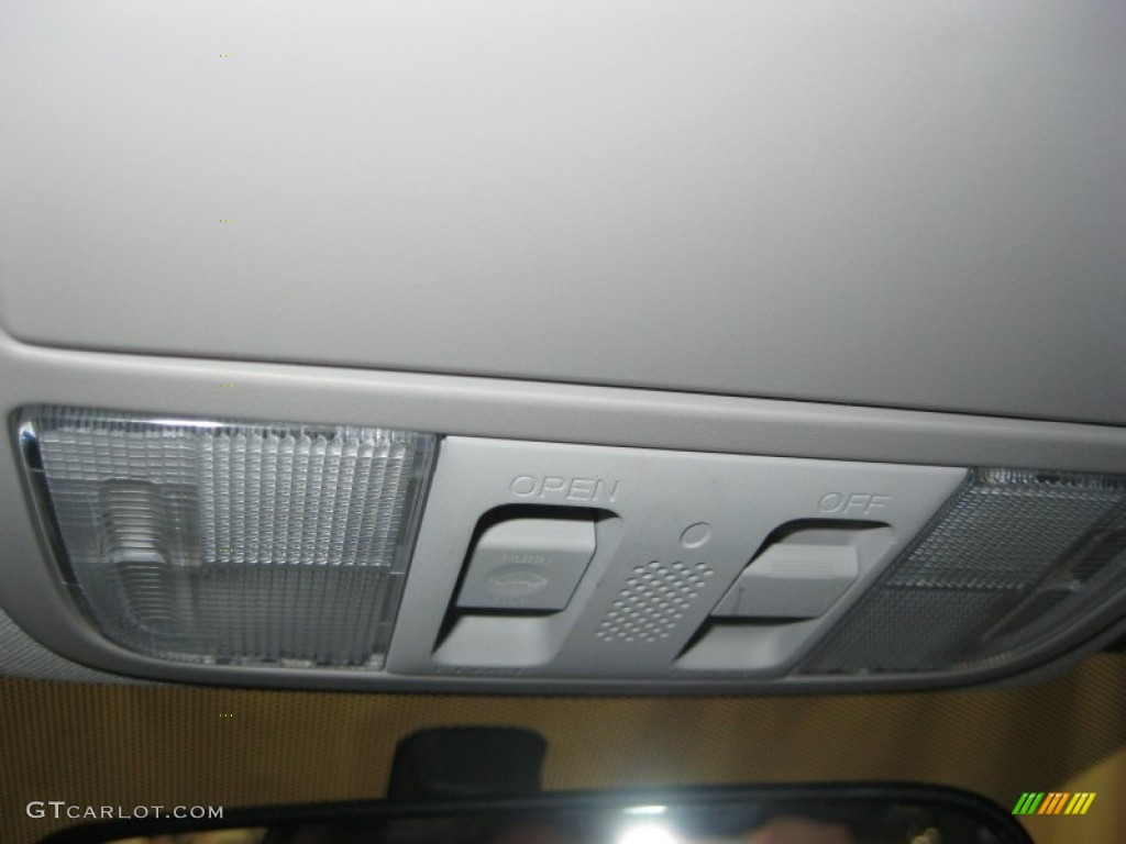 2011 CR-V EX - Taffeta White / Gray photo #27