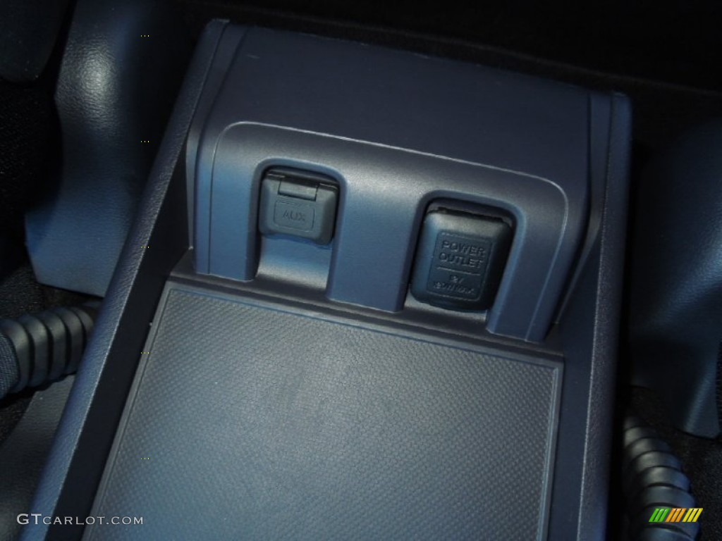 2011 CR-V SE - Polished Metal Metallic / Black photo #14