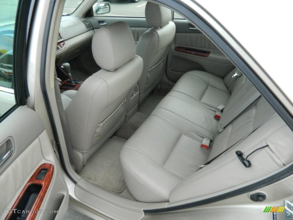 Taupe Interior 2004 Toyota Camry Xle V6 Photo 76246956 Gtcarlot Com