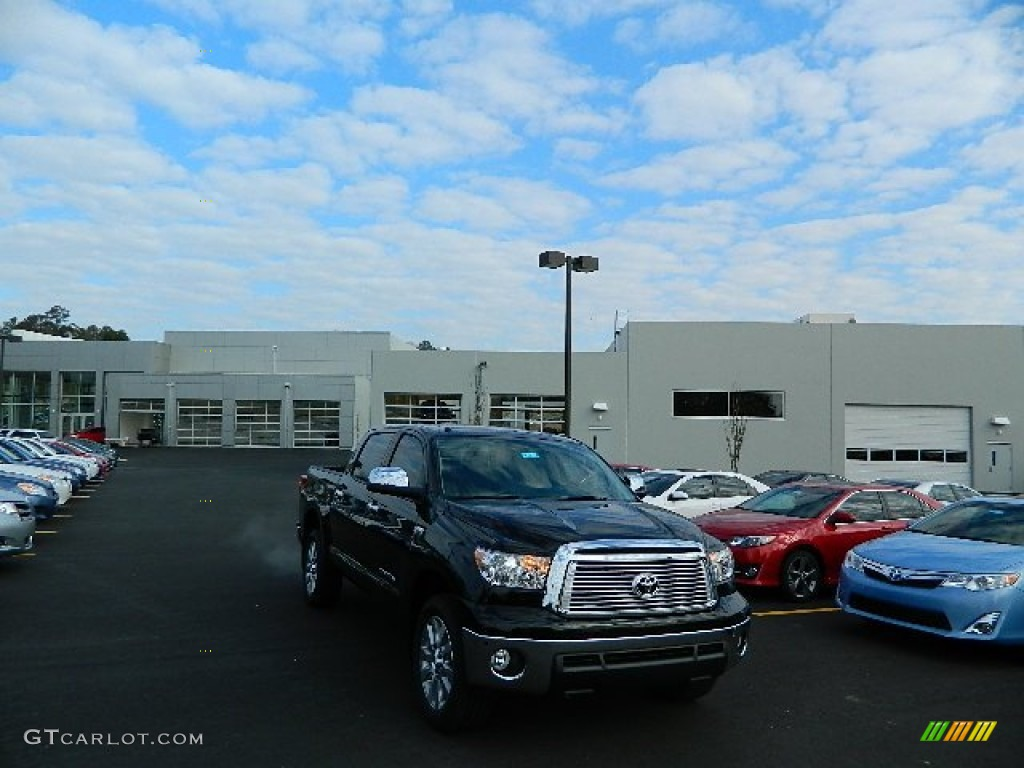 2013 Tundra Platinum CrewMax 4x4 - Black / Graphite photo #1