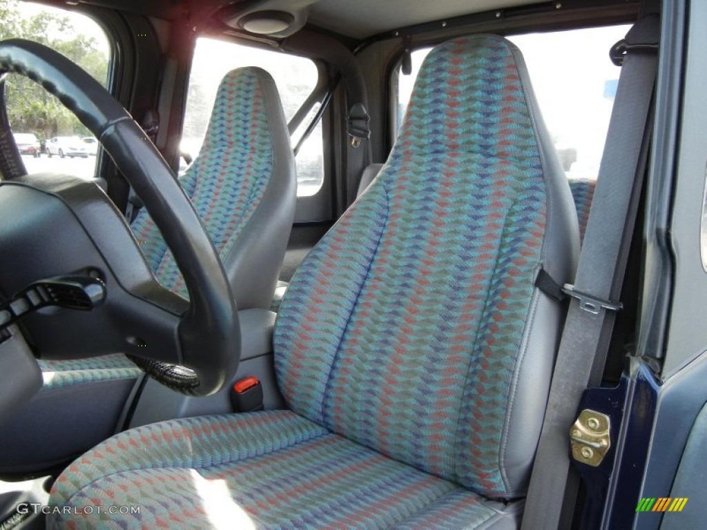1997 Jeep Wrangler Sport 4x4 Front Seat Photo 76296188