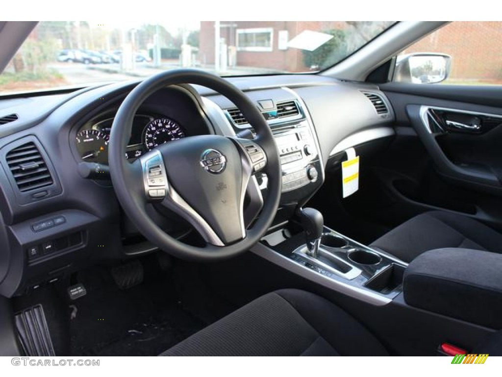 Charcoal Interior 2013 Nissan Altima 2 5 S Photo 76320797