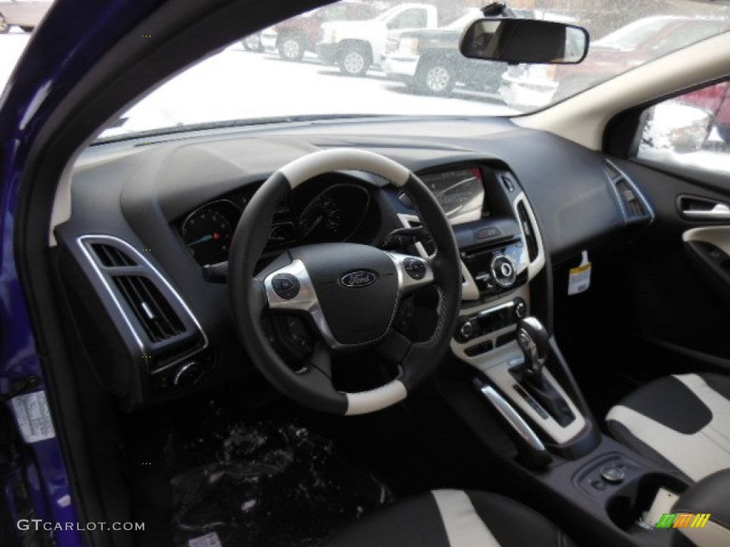 arctic white interior 2013 ford focus titanium hatchback photo 76350756
