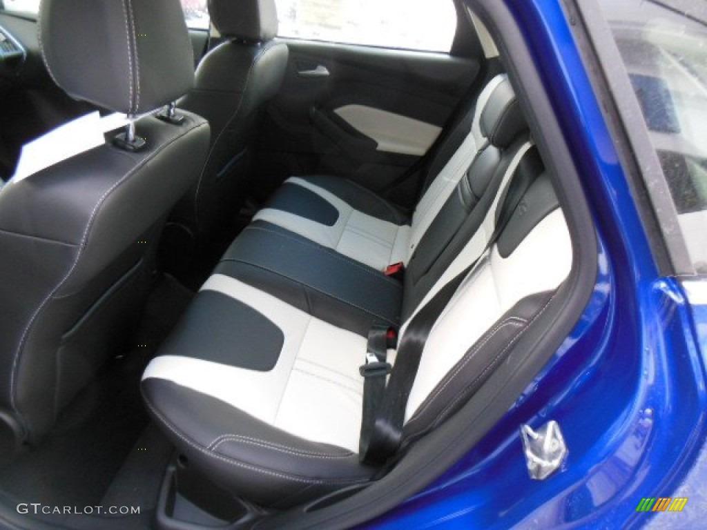 Arctic White Interior 2013 Ford Focus Titanium Hatchback Photo 76350803