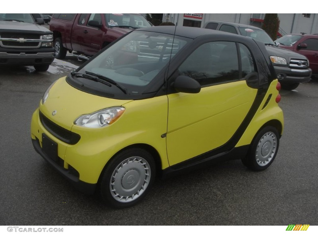 light yellow 2010 smart fortwo pure coupe exterior photo 76427046. Black Bedroom Furniture Sets. Home Design Ideas
