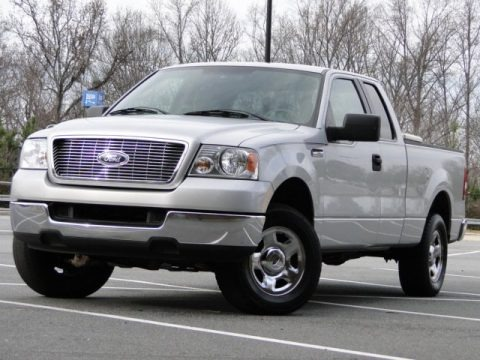 2005 ford f150 stx supercab data info and specs. Black Bedroom Furniture Sets. Home Design Ideas