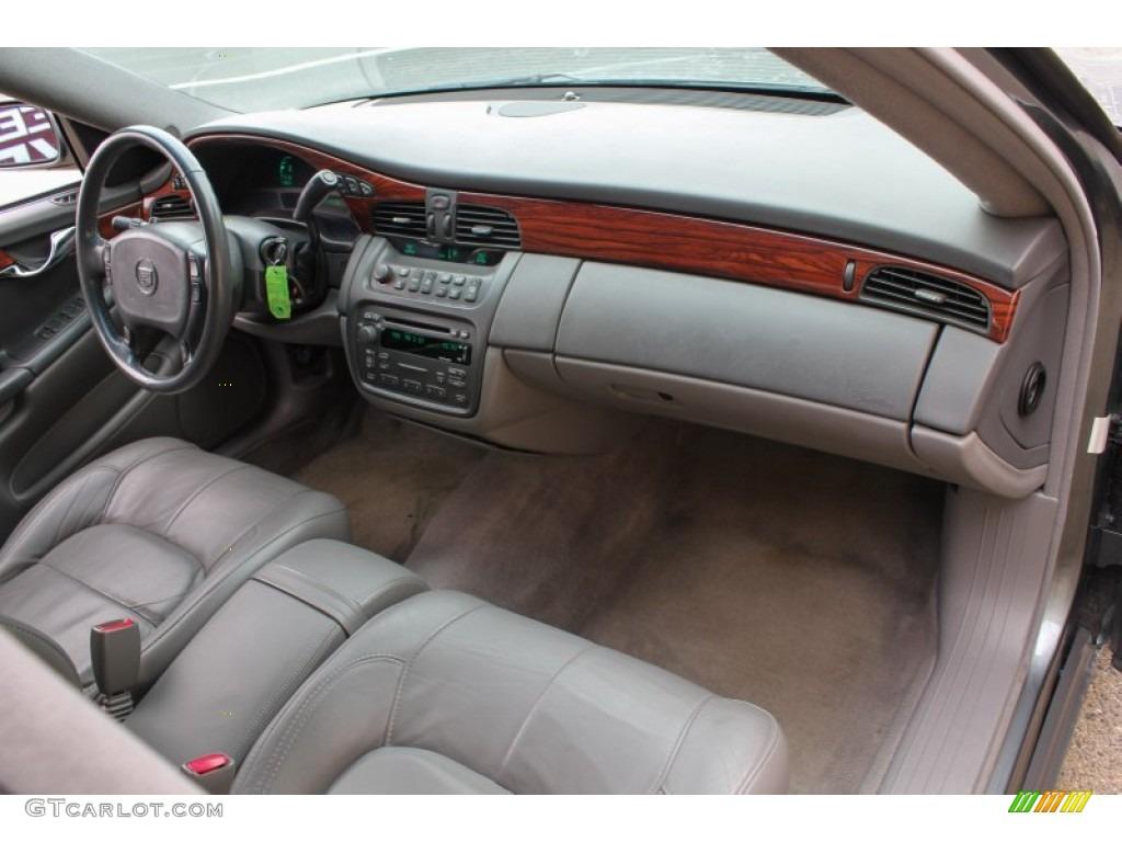 2004 Cadillac Deville Sedan Dark Gray Dashboard Photo 76586840
