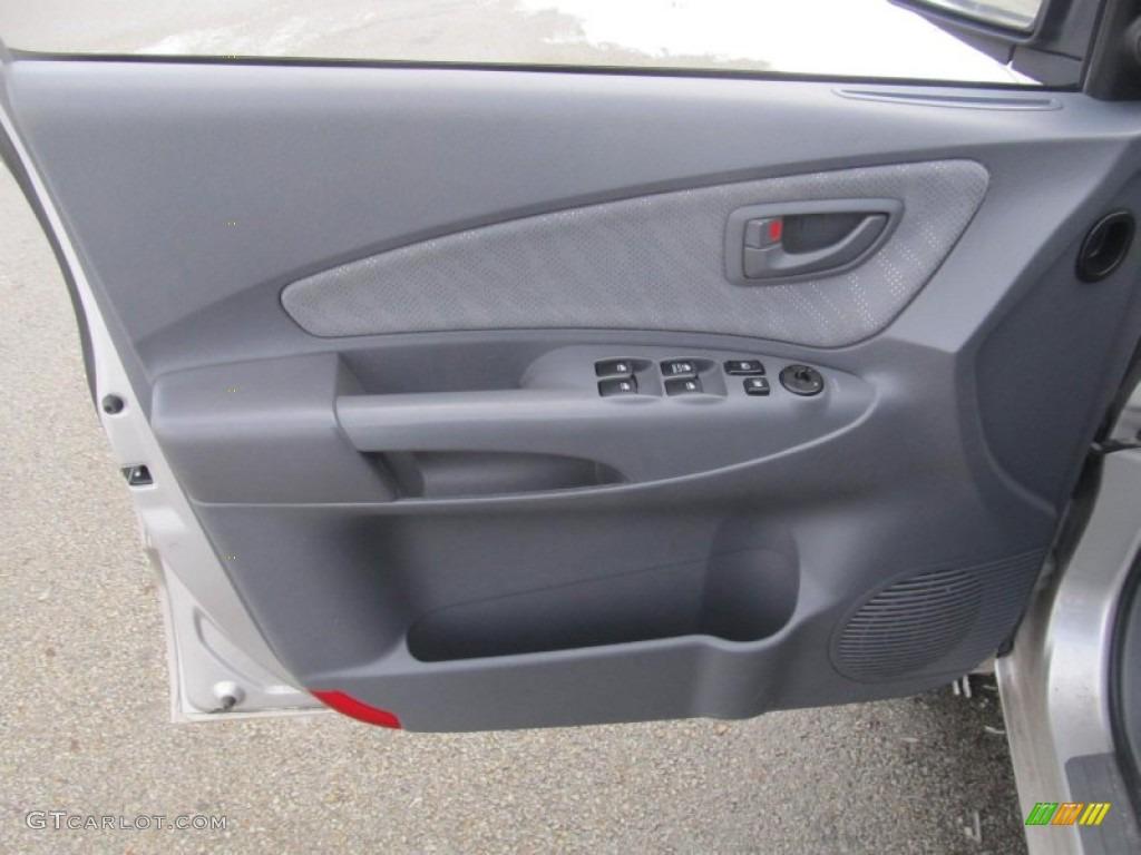 2005 Hyundai Tucson GL 4WD Gray Door Panel Photo #76692238 & 2005 Hyundai Tucson GL 4WD Gray Door Panel Photo #76692238 ...