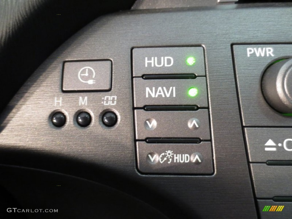 2012 toyota prius plug in hybrid advanced controls photo. Black Bedroom Furniture Sets. Home Design Ideas