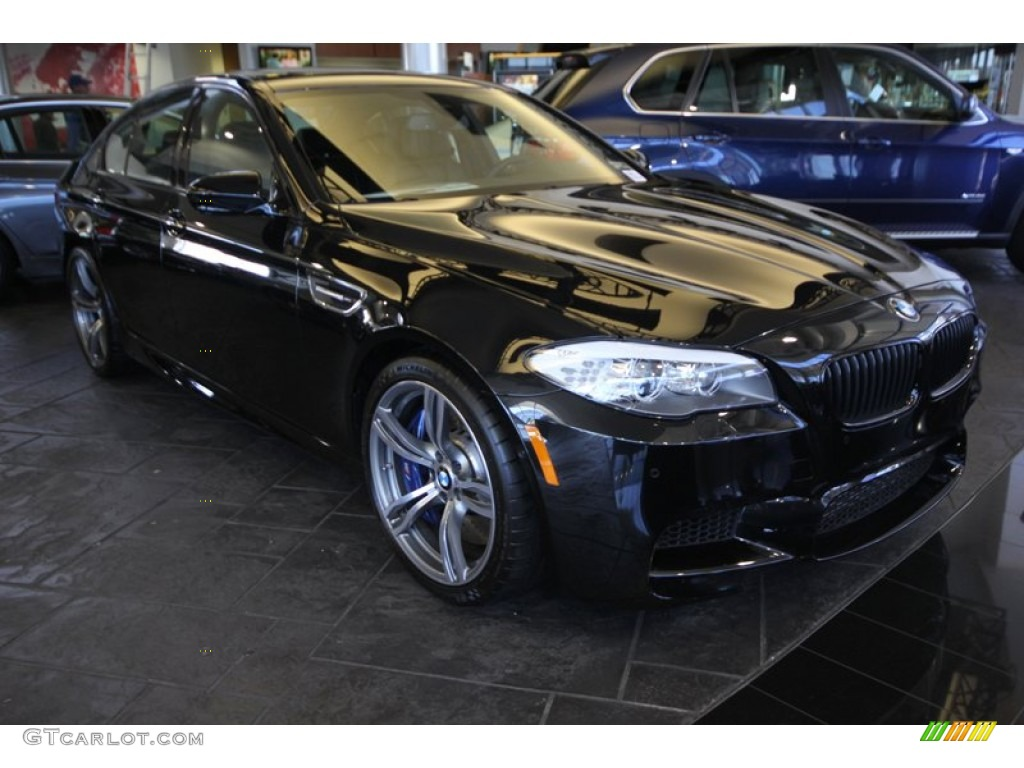 2013 black sapphire metallic bmw m5 sedan 76682182. Black Bedroom Furniture Sets. Home Design Ideas
