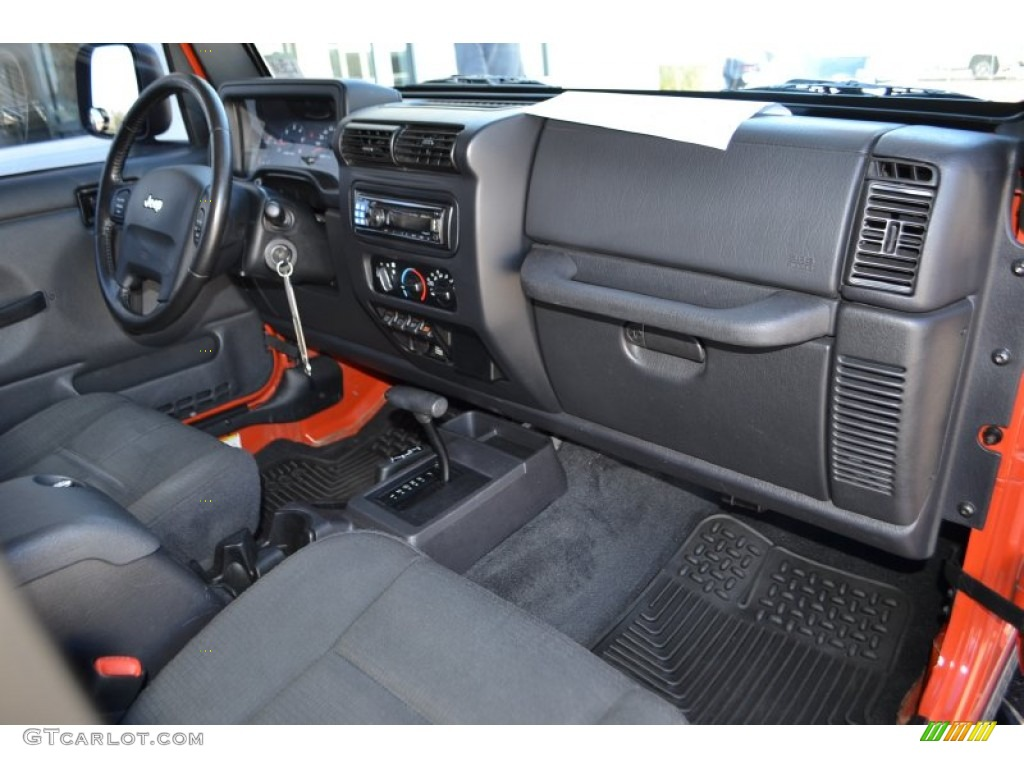 2006 Jeep Wrangler Unlimited Rubicon 4x4 Dashboard Photos