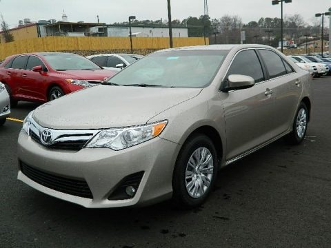2013 toyota camry le data info and specs. Black Bedroom Furniture Sets. Home Design Ideas