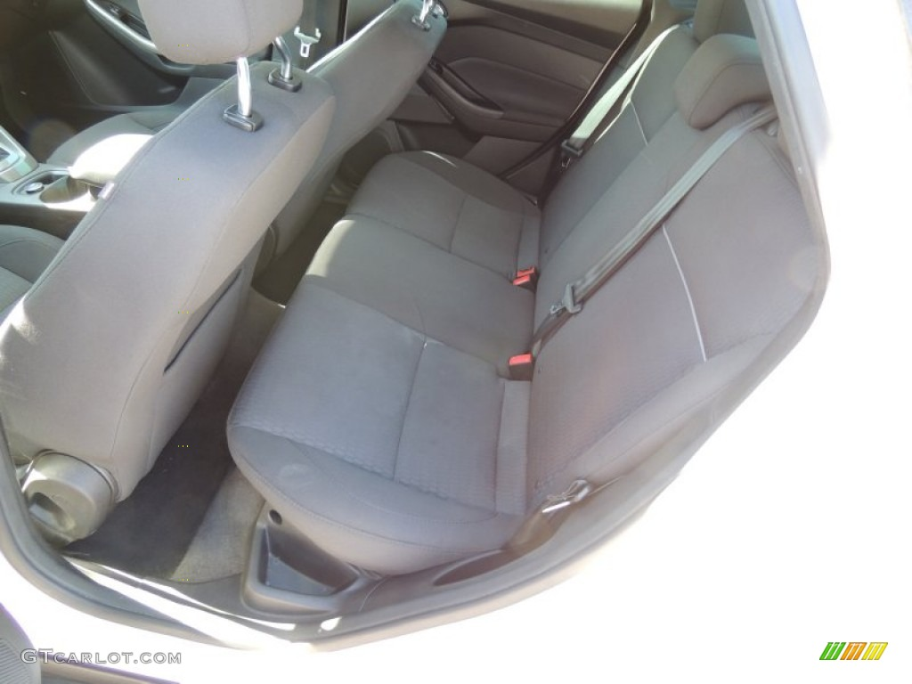2012 Focus SEL Sedan - White Platinum Tricoat Metallic / Charcoal Black photo #6