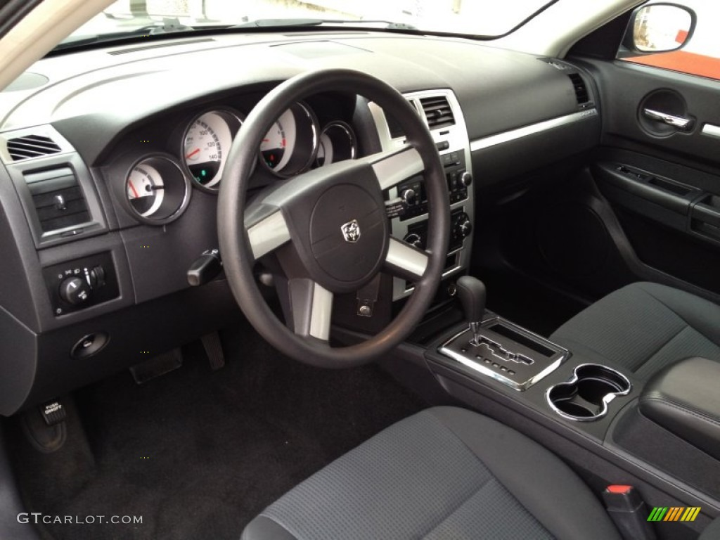 Dodge charger 2009 interior
