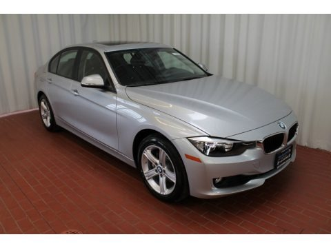 2013 bmw 3 series 328i xdrive sedan data info and specs. Black Bedroom Furniture Sets. Home Design Ideas