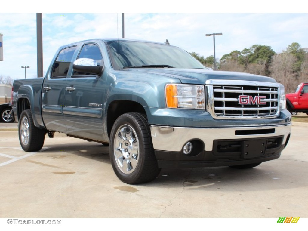 stealth gray metallic 2011 gmc sierra 1500 sle crew cab exterior photo 77079444. Black Bedroom Furniture Sets. Home Design Ideas