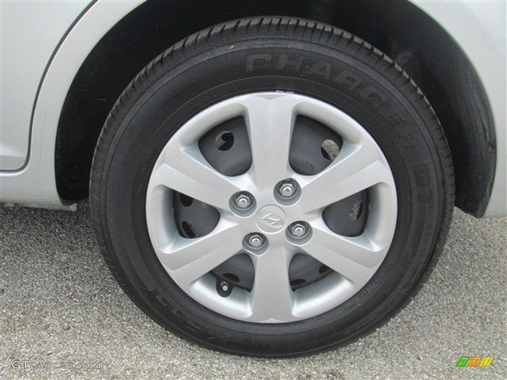 2011 Hyundai Accent Gls 4 Door Wheel Photo 77193704