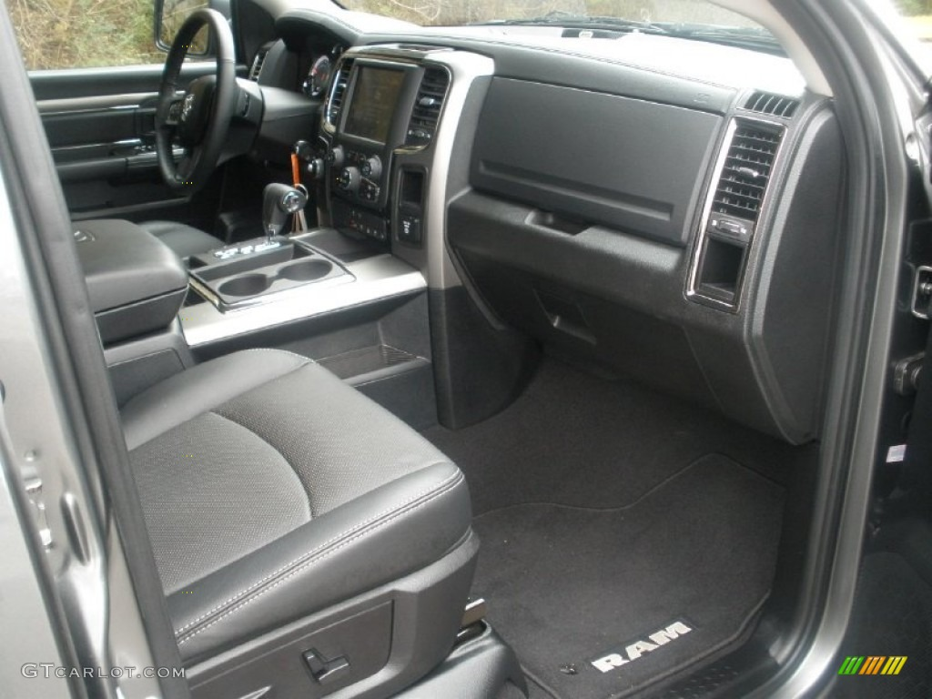 black interior 2013 ram 1500 sport quad cab 4x4 photo 77200147. Black Bedroom Furniture Sets. Home Design Ideas