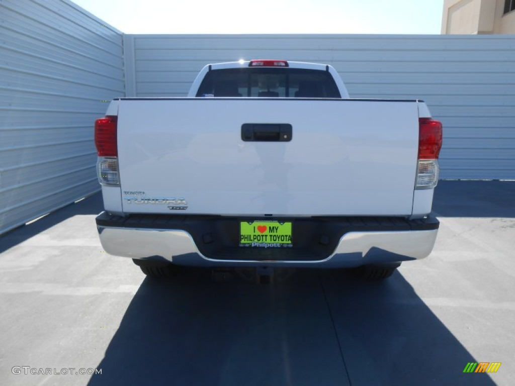 2013 Tundra TSS Double Cab - Super White / Graphite photo #5