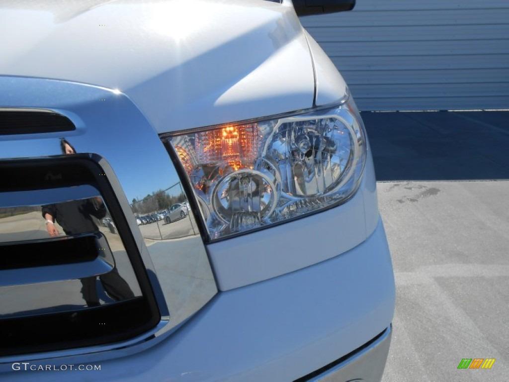 2013 Tundra TSS Double Cab - Super White / Graphite photo #10