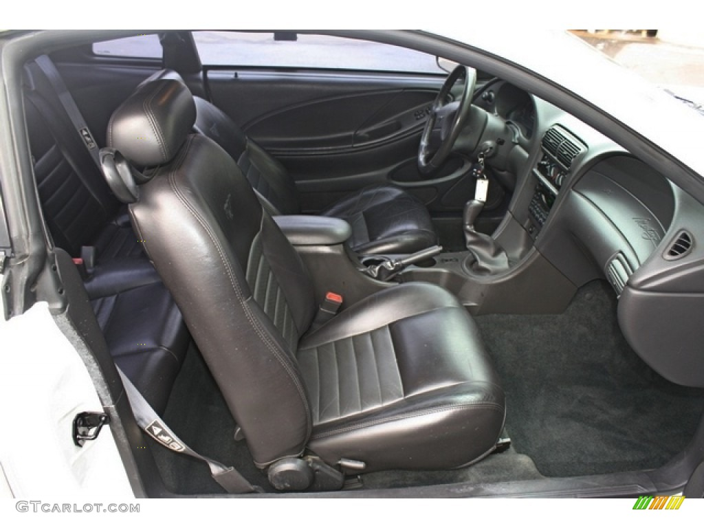 2002 Ford Mustang GT Coupe Front Seat Photo #77251179