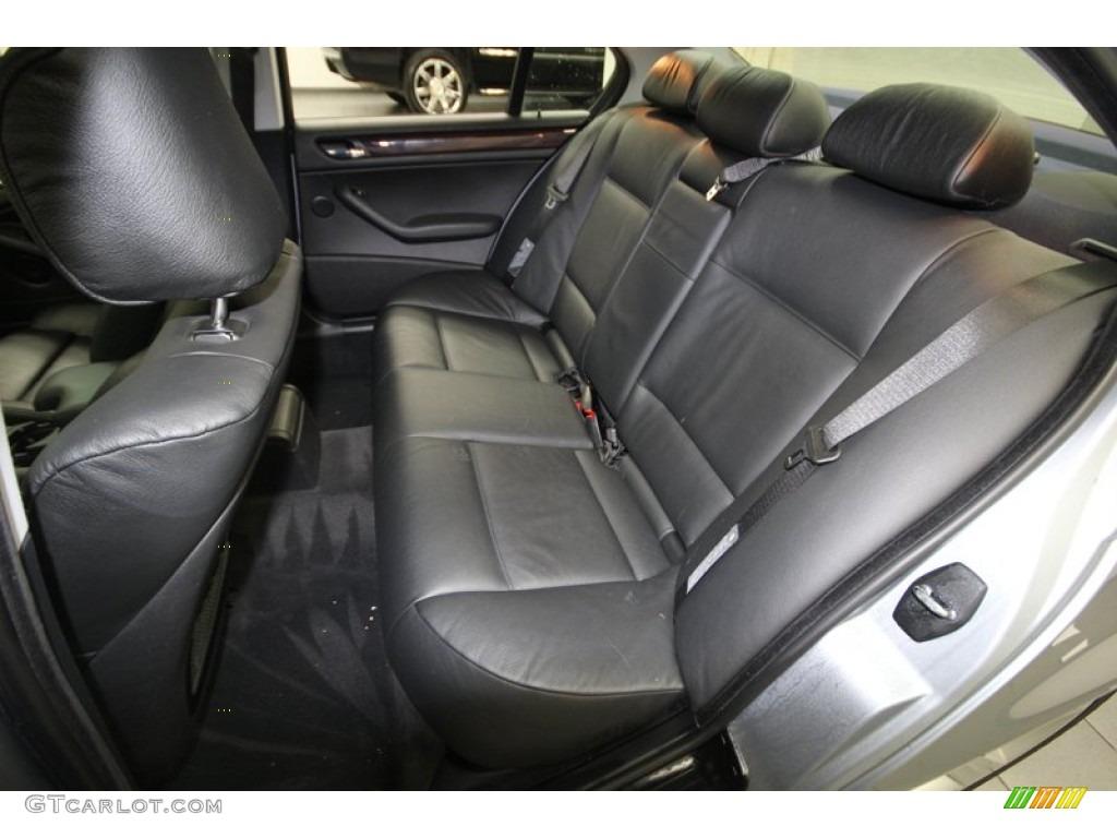 Black Interior 2004 BMW 3 Series 325i Sedan Photo #77317956