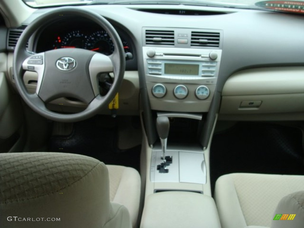 2008 toyota camry le bisque dashboard photo 77359140. Black Bedroom Furniture Sets. Home Design Ideas