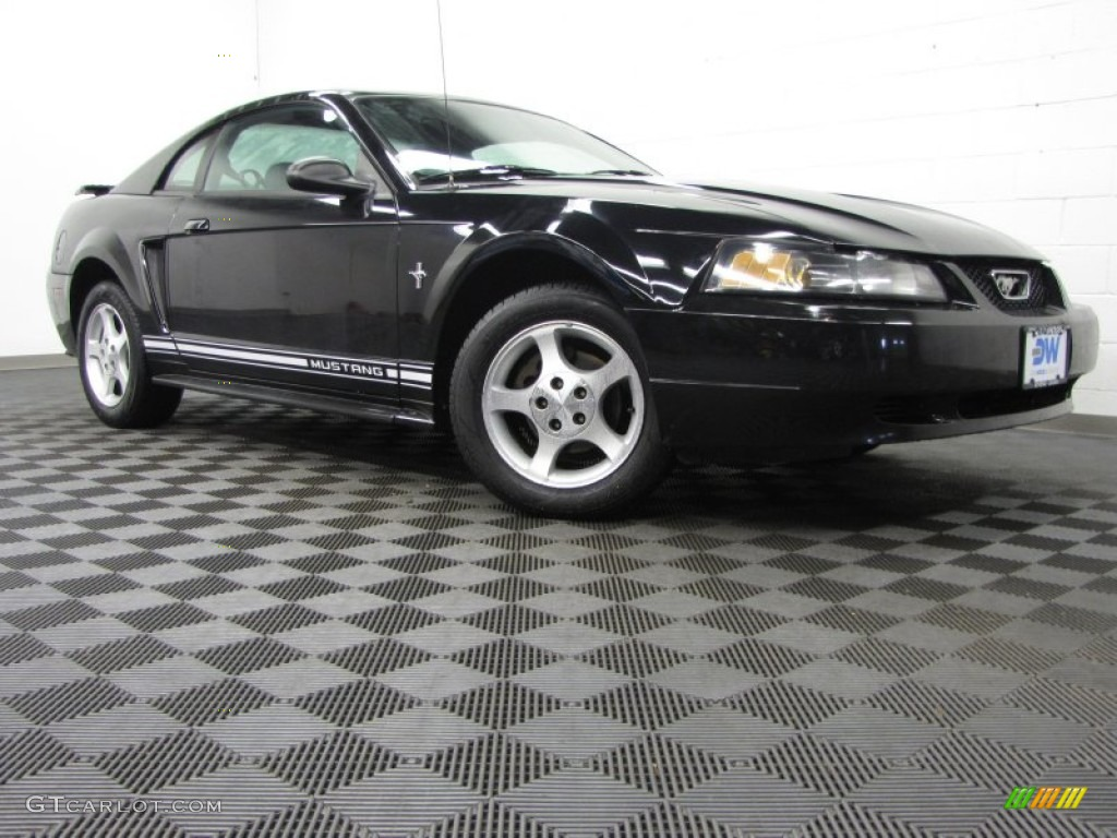 2001 Mustang V6 Coupe - Black / Dark Charcoal photo #1