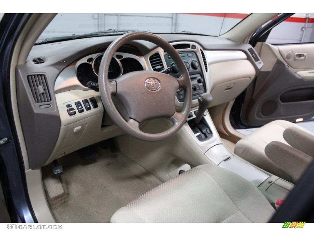 Gray Interior 2005 Toyota Highlander V6 4wd Photo 77449178