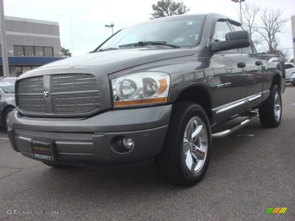 2006 Ram 1500 Sport Quad Cab 4x4 - Mineral Gray Metallic / Medium Slate Gray photo #1