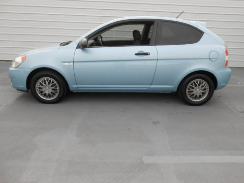 2007 hyundai accent gs coupe data info and specs. Black Bedroom Furniture Sets. Home Design Ideas