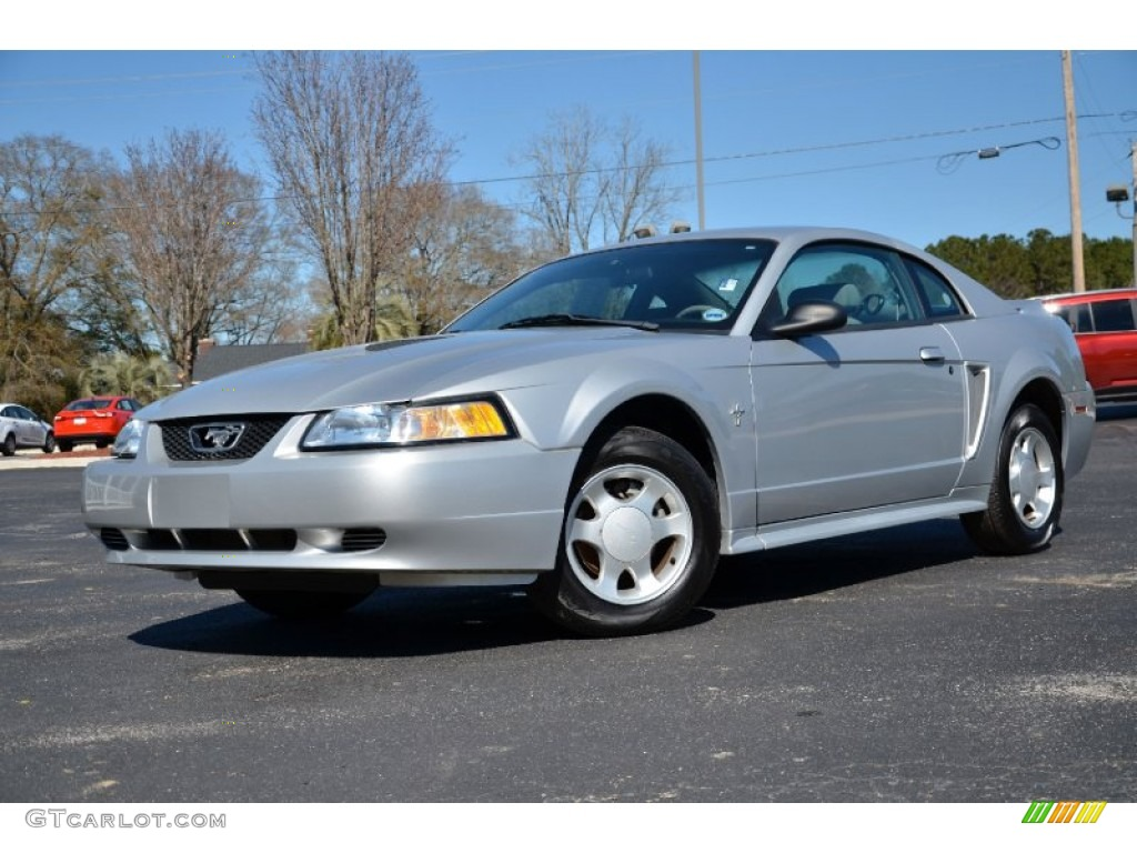silver metallic 2000 ford mustang v6 coupe exterior photo. Black Bedroom Furniture Sets. Home Design Ideas