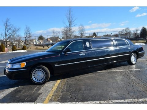 2000 lincoln town car executive limousine data info and specs. Black Bedroom Furniture Sets. Home Design Ideas