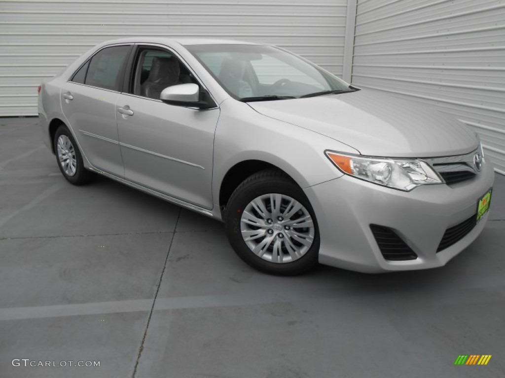 classic silver metallic 2013 toyota camry le exterior photo 77527244. Black Bedroom Furniture Sets. Home Design Ideas