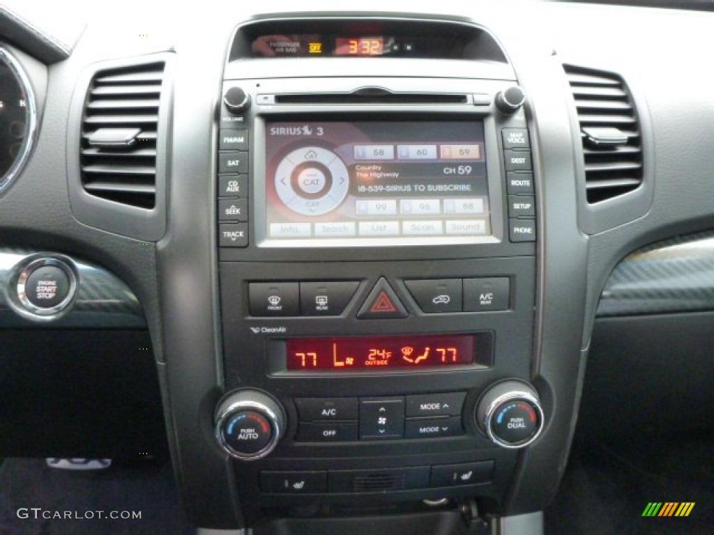 2011 Sorento SX V6 AWD - Bright Silver / Black photo #18