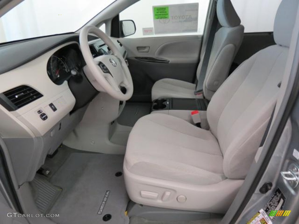 light gray interior 2013 toyota sienna le photo 77563008. Black Bedroom Furniture Sets. Home Design Ideas