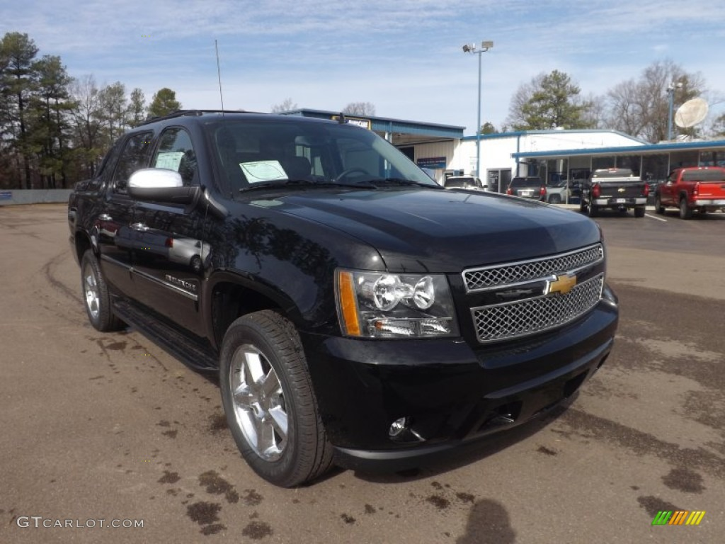 black 2013 chevrolet avalanche ltz 4x4 black diamond edition exterior photo 77565045. Black Bedroom Furniture Sets. Home Design Ideas