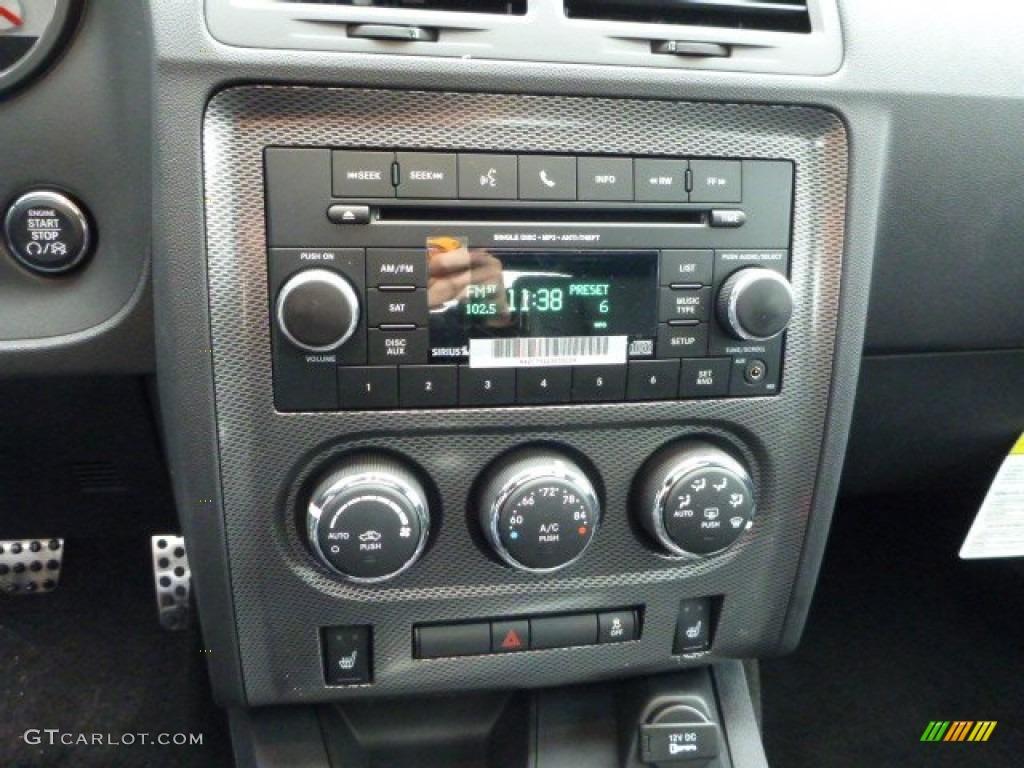 2013 Dodge Challenger R/T Plus Blacktop Controls Photo #77623480