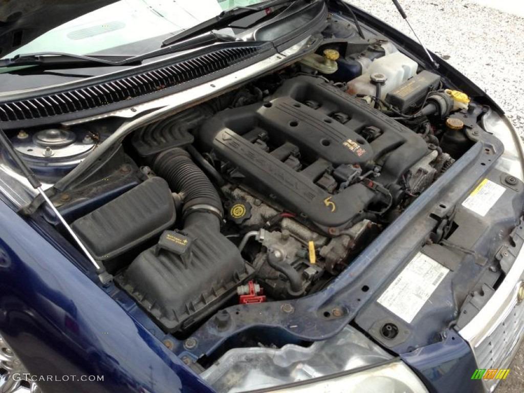 2004 Chrysler 300 M Sedan Engine Photos