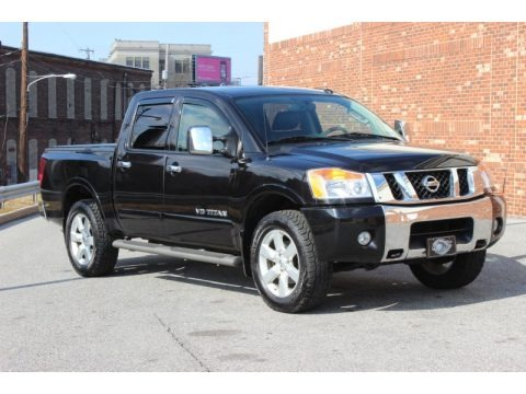 2010 nissan titan le crew cab 4x4 data info and specs. Black Bedroom Furniture Sets. Home Design Ideas