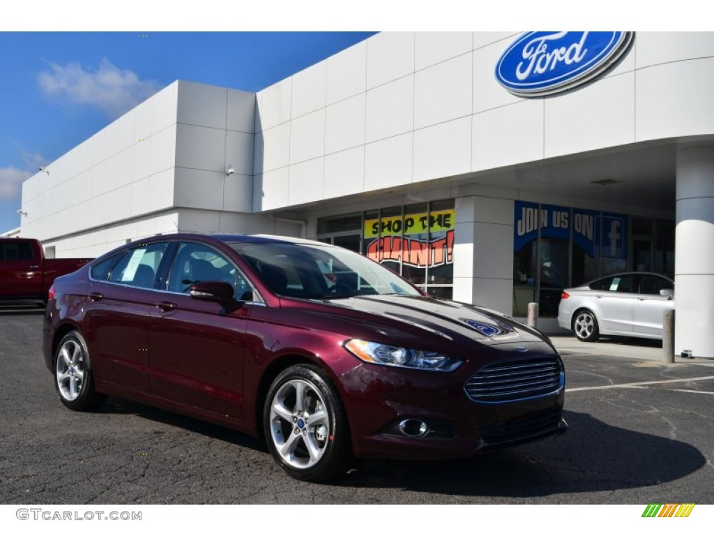 2013 Fusion SE 1.6 EcoBoost - Bordeaux Reserve Red Metallic / SE Appearance Package Charcoal Black/Red Stitching photo #1
