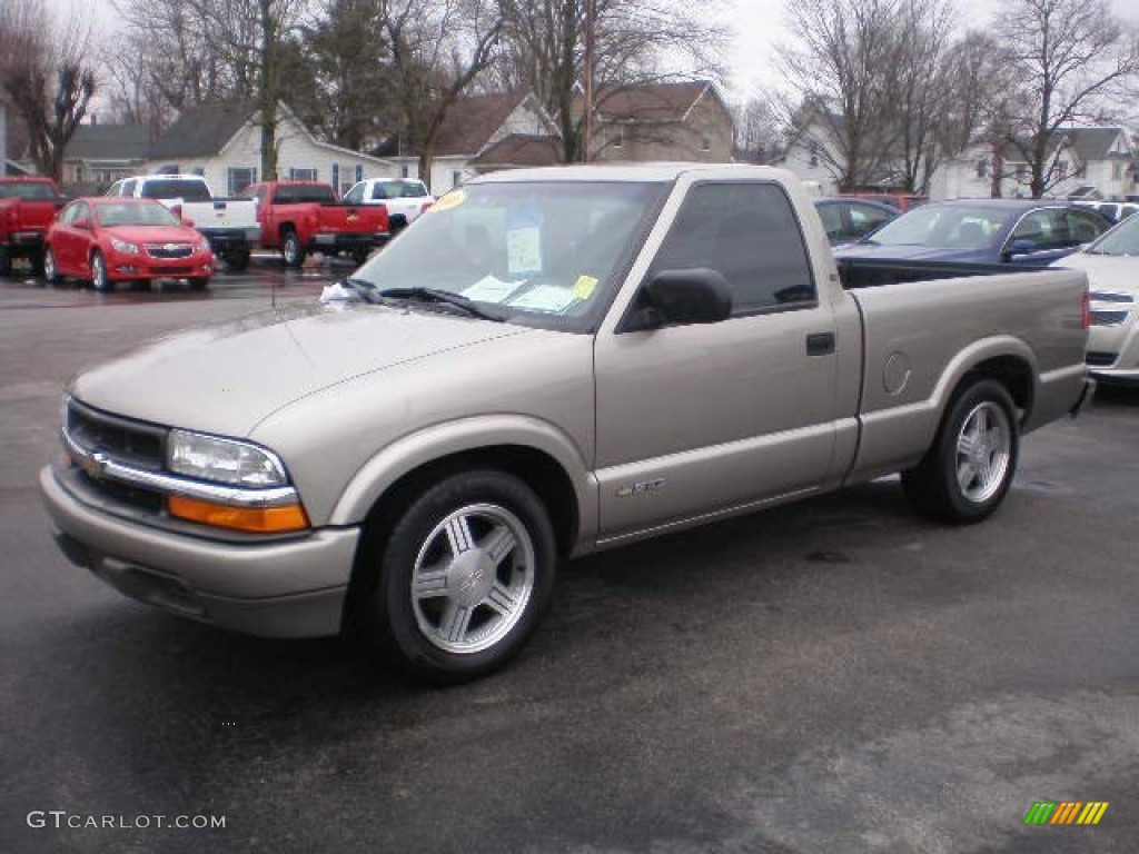 2000 chevrolet s10 ls regular cab exterior photos. Black Bedroom Furniture Sets. Home Design Ideas