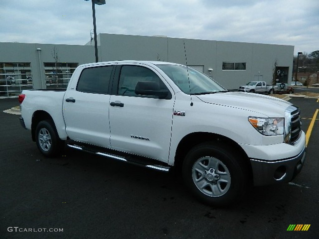 2013 Tundra CrewMax - Super White / Sand Beige photo #1