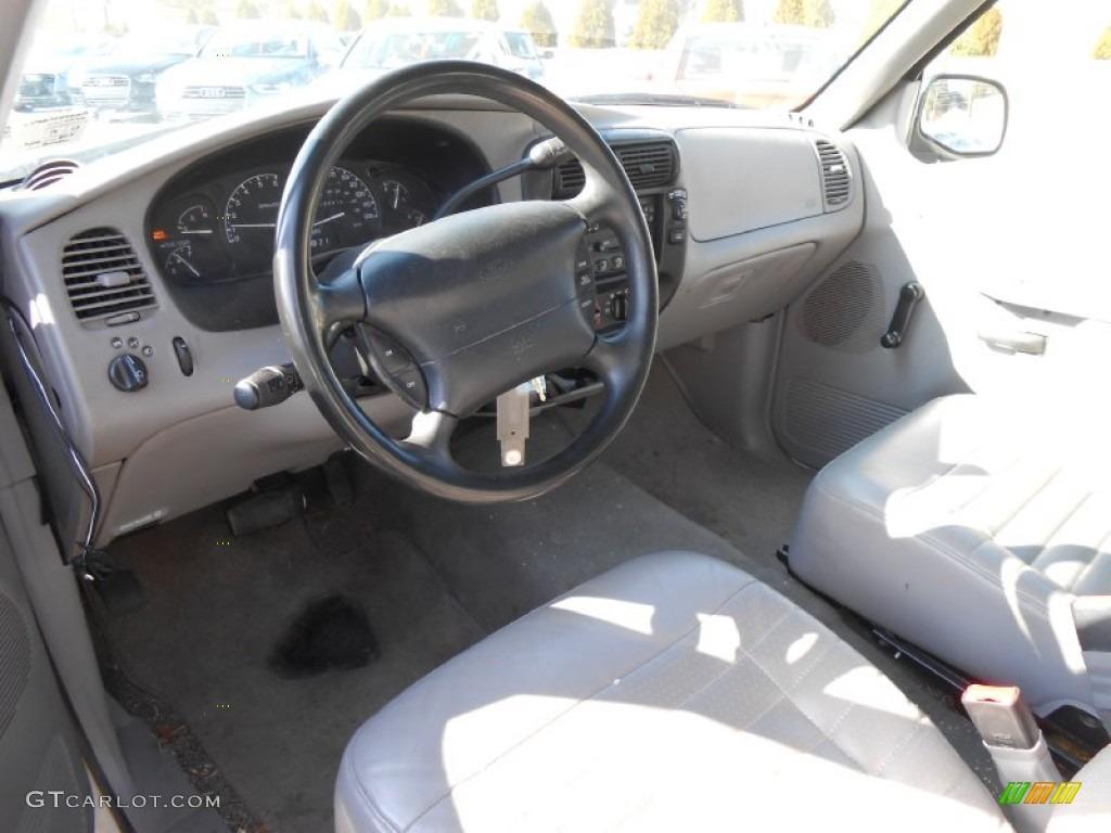 Medium Graphite Interior 2000 Ford Explorer Xl 4x4 Photo 77823834: 2000 ford explorer interior parts