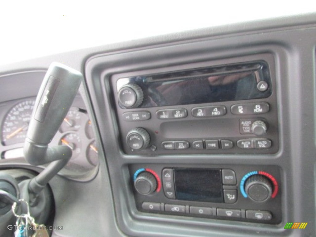 2006 Chevrolet Silverado 1500 Z71 Extended Cab 4x4 Controls Photos