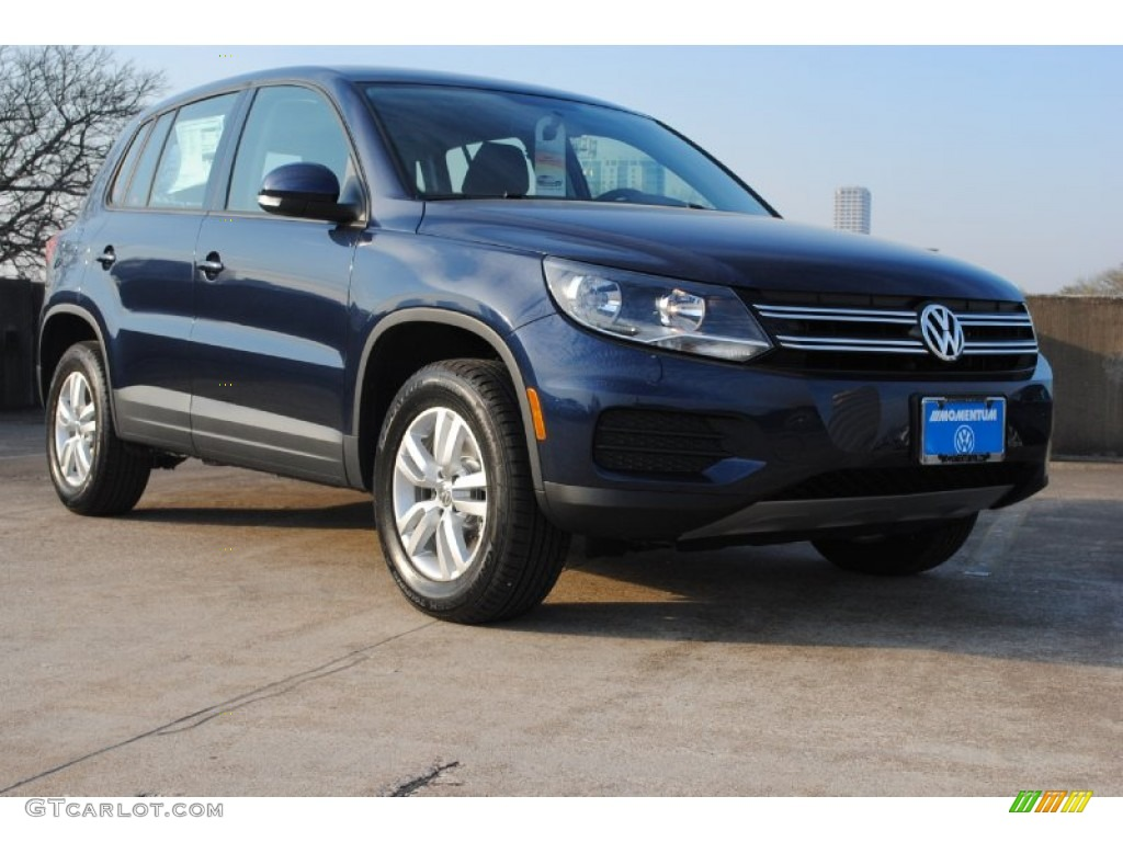 2013 night blue metallic volkswagen tiguan s 77820069. Black Bedroom Furniture Sets. Home Design Ideas