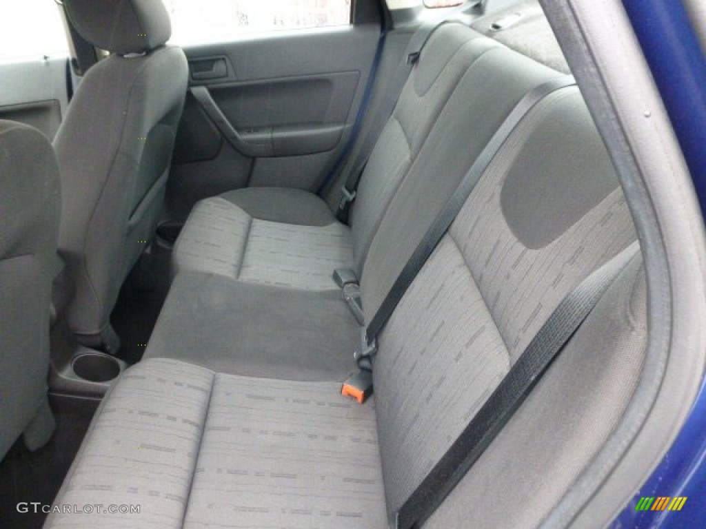 2008 Ford Focus Se Sedan Rear Seat Photo 77881126