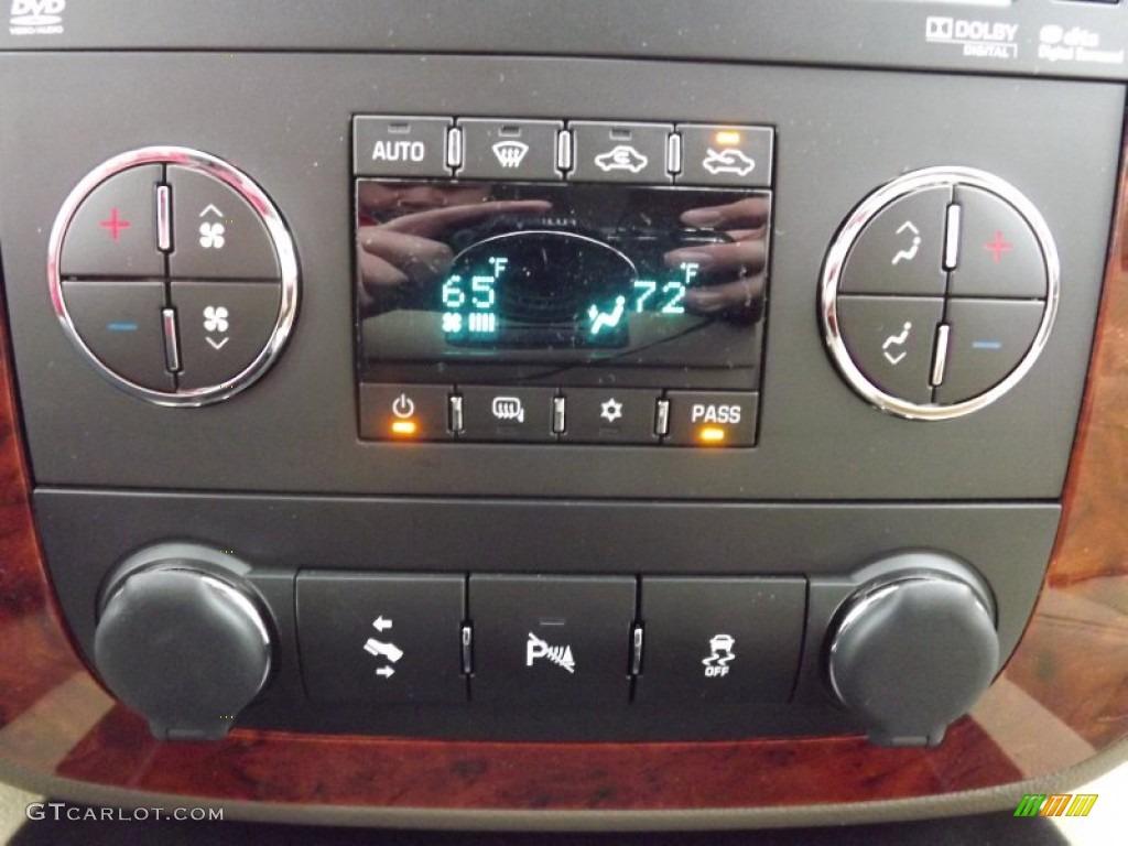 2013 Chevrolet Silverado 1500 LTZ Crew Cab 4x4 Controls Photo #77887632